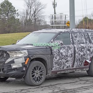 Spy Photo - 2022 Jeep Grand Cherokee 3 Row 03.jpg