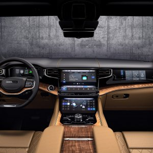 2022-Jeep-Grand-Wagoneer-Interior-51.jpg