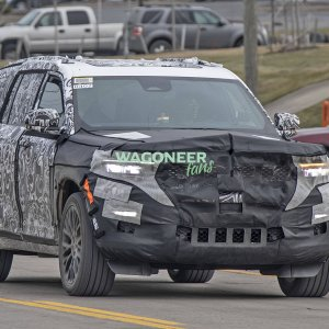 Spy Photo - 2022 Jeep Grand Cherokee 3 Row 13.jpg
