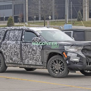 Spy Photo - 2022 Jeep Grand Cherokee 3 Row 17.jpg