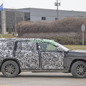 Spy Photo - 2022 Jeep Grand Cherokee 3 Row 19.jpg